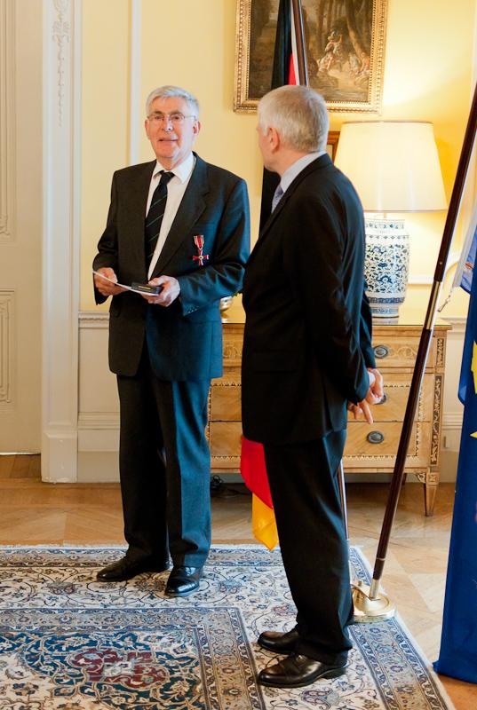 Prof Paulin receives Bundesverdiesnstkreuz