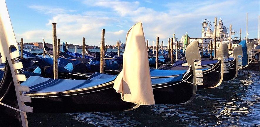 italy boats.jpg
