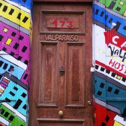 Claire Huxley - Welcome to Valpo, Valparaíso, Chile
